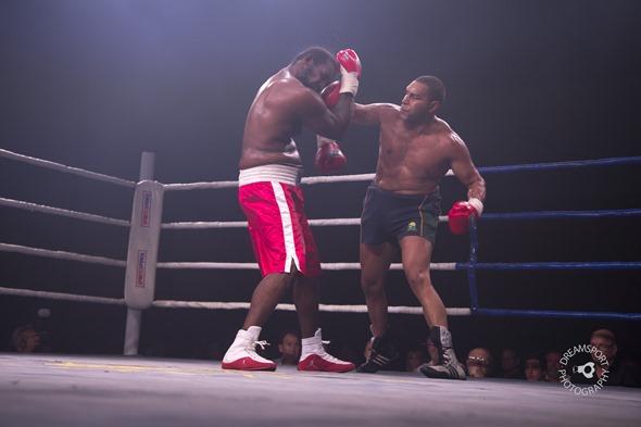 2013-11-16 Gladstone Boxing 742
