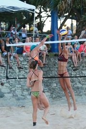 2013-12-21 Beach Volleyball 333