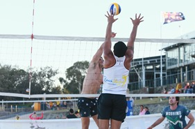 2013-12-21 Beach Volleyball 523
